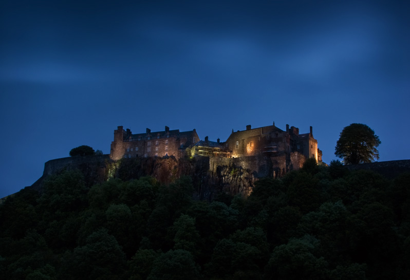 Stirling-Castle---Dawn-800